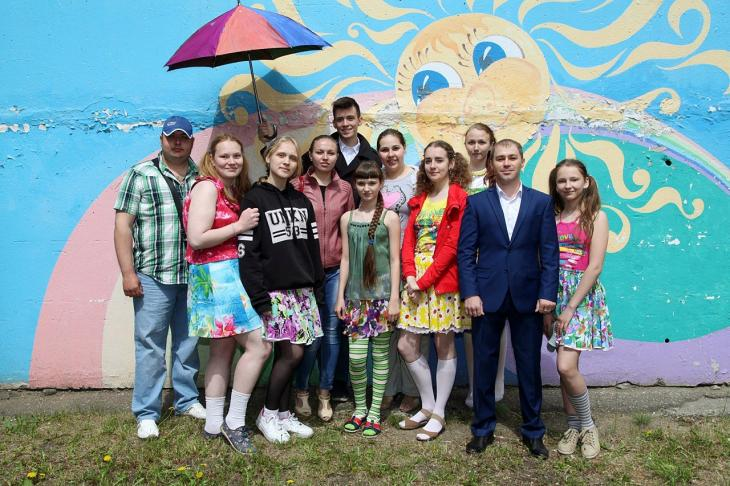 Altai-Koks has congratulated young Zarinsk children on Children's Day